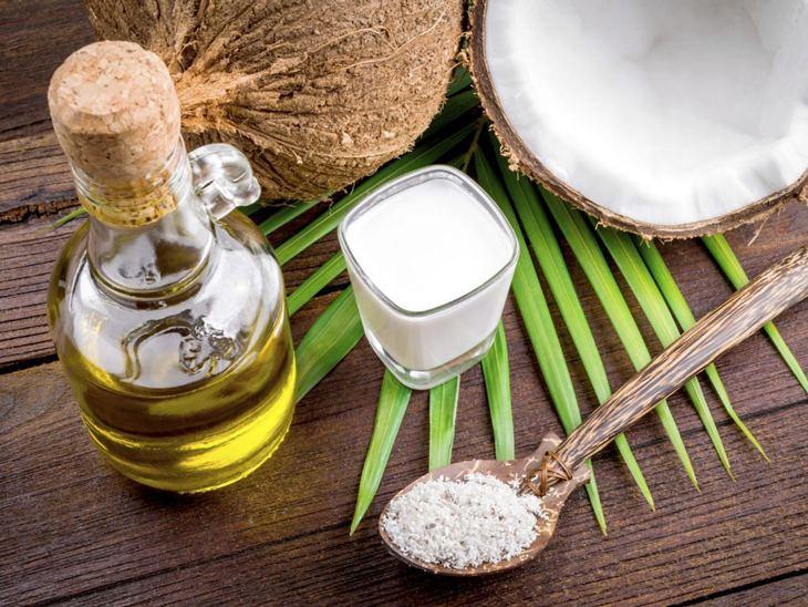 Dầu dừa chứa nhiều axit béo giảm triệu chứng huyết trắng vón cục