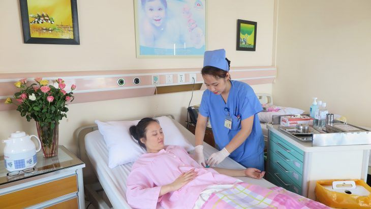 Bệnh nhân lạc nội mạc tử cung sau mổ cần được chăm sóc cẩn thận