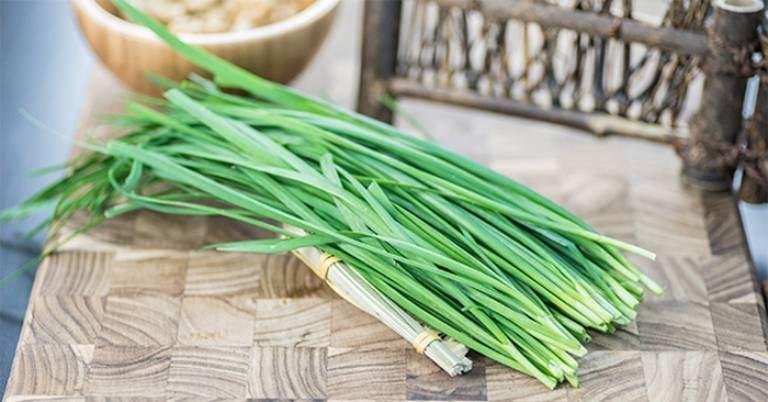 Chữa xuất tinh sớm bằng lá hẹ mang lại hiệu quả như thế nào?
