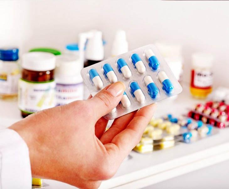 Thuốc Tây y trị các triệu chứng nổi mụn nước đỏ không ngứa nhanh chóng