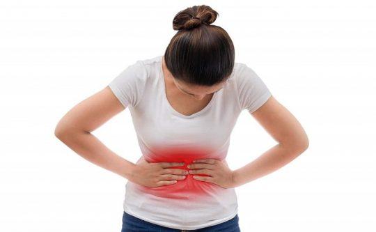 Đau bụng dữ dội vùng thượng vị khi bị đau dạ dày cấp