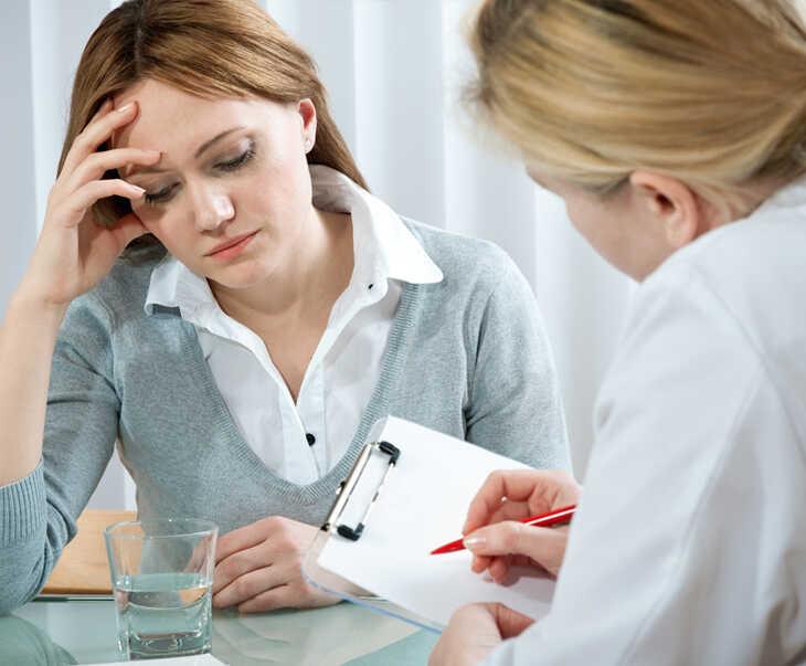 Bị dị ứng thức ăn nổi mẩn ngứa nên đi gặp bác sĩ khi nào?