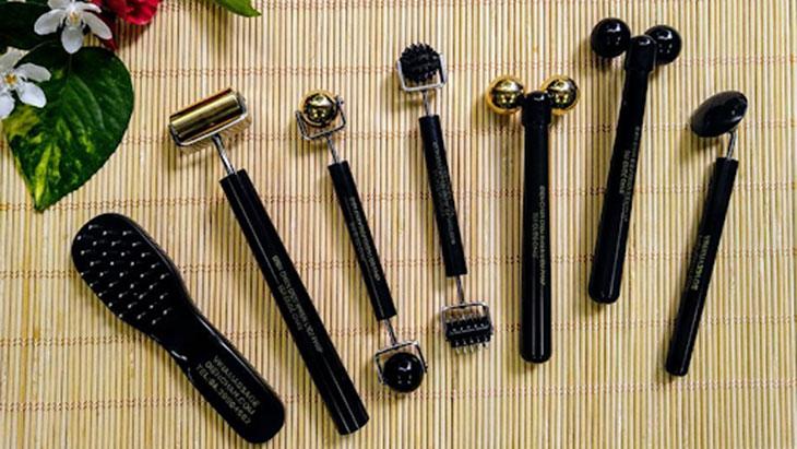 Một số dụng cụ hỗ trợ dùng trong phương pháp diện chẩn