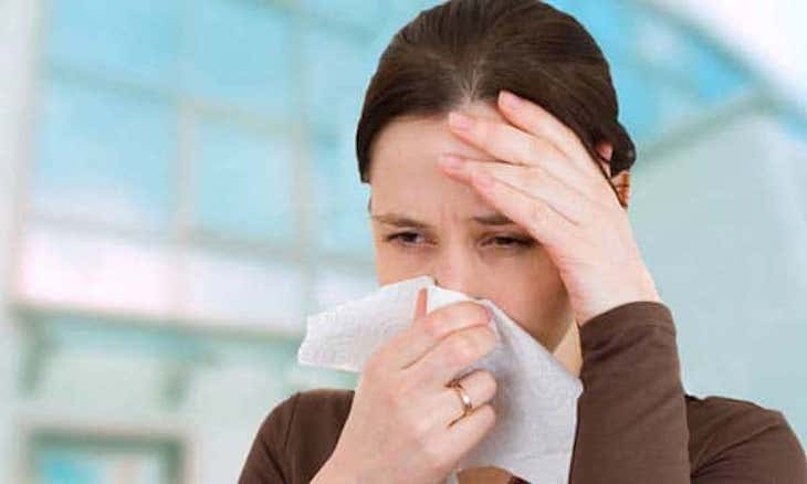 Điều trị viêm mũi họng xuất tiết như thế nào an toàn và hiệu quả