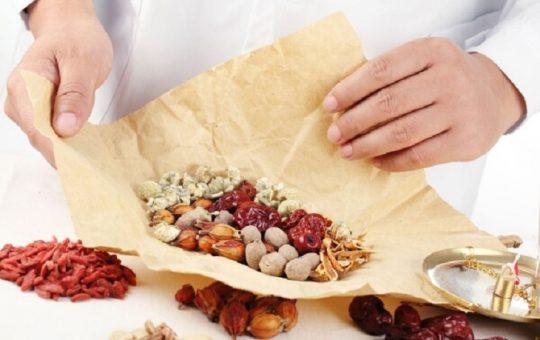 Nhiều người tin dùng thuốc Đông y để trị viêm da cơ địa