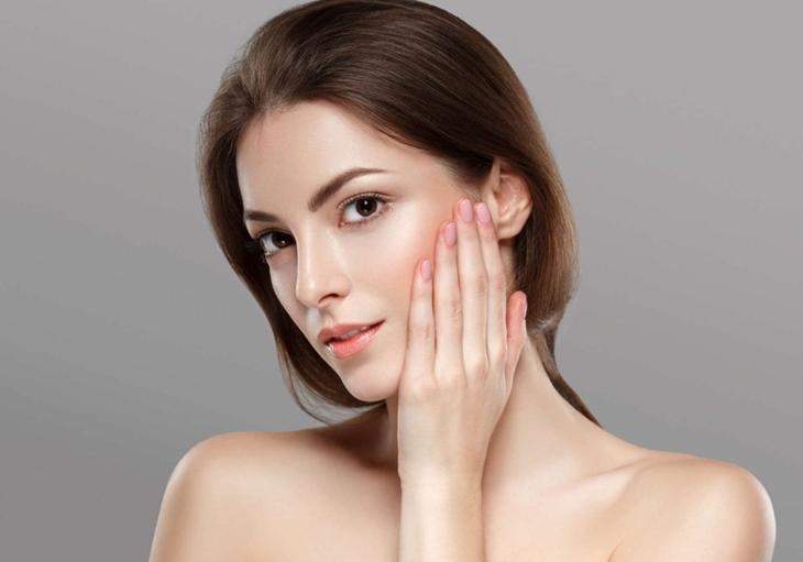 Hoa tam thất cũng có tác dụng tốt đối với làn da