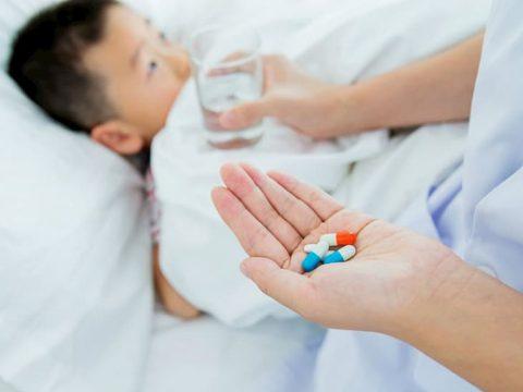 Kháng sinh chữa viêm amidan cho trẻ