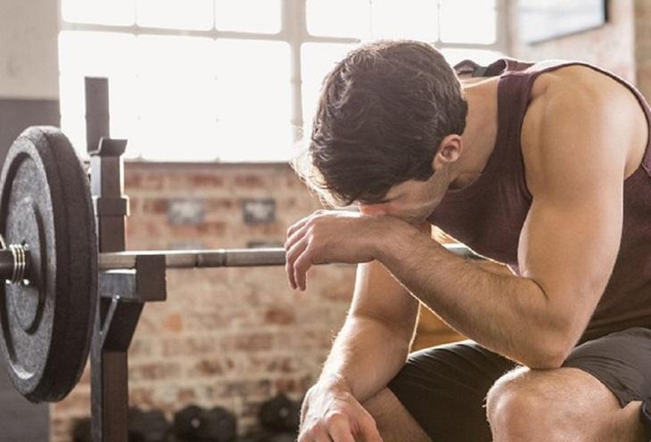 Tránh luyện tập quá sức gây phản tác dụng khi chữa liệt dương