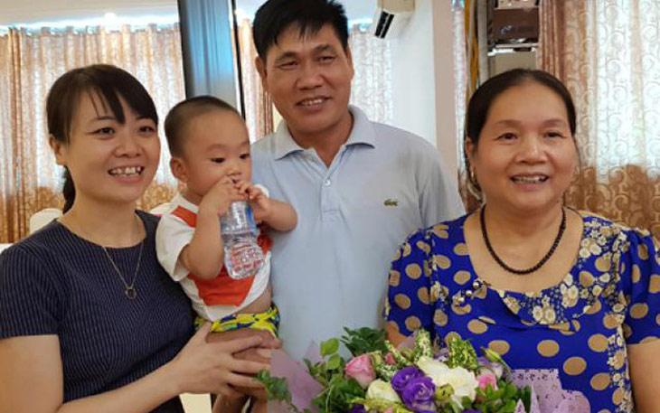 Nhờ thụ tinh nhân tạo, cô Nguyệt đã sinh con ở tuổi 60