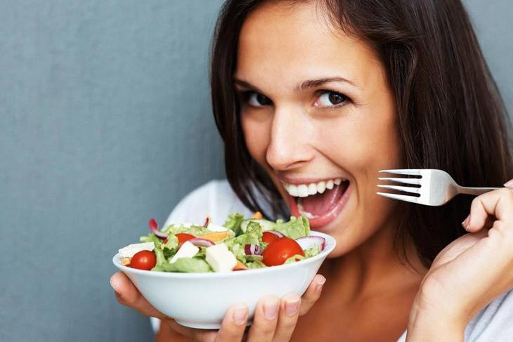 Chế độ ăn uống lành mạnh sẽ ngăn chặn tình trạng mất kinh nguyệt sớm