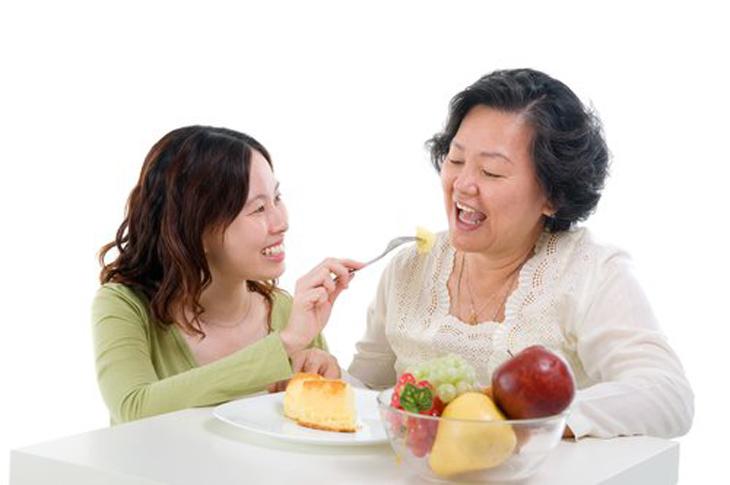 Yếu tố di truyền có ảnh hưởng đến độ tuổi mãn kinh của phụ nữ