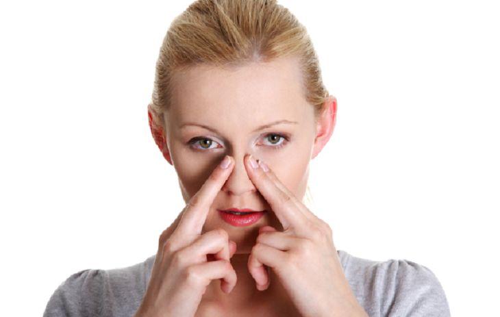 Massage giảm viêm xoang nhức đầu hiệu quả