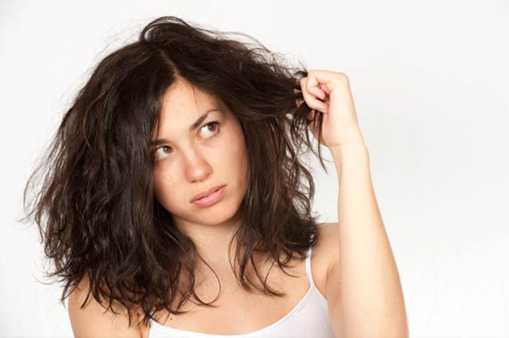 Những lưu ý từ chuyên gia khi bị ngứa da đầu và rụng tócNhững lưu ý từ chuyên gia khi bị ngứa da đầu và rụng tóc