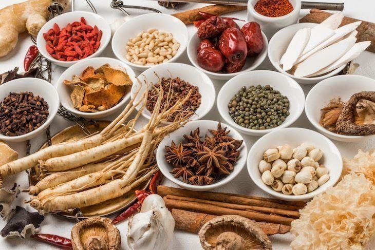 Đông y cũng có rất nhiều vị thuốc quý chữa các bệnh gây ngứa da vô cùng hiệu quả