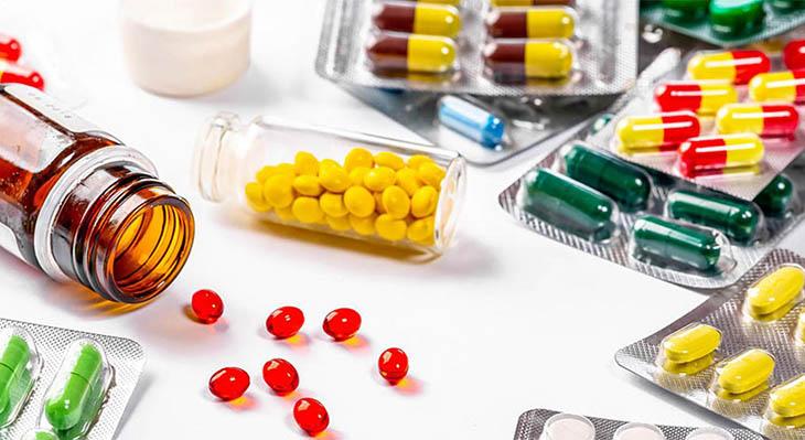 Dùng thuốc Tây điều trị bệnh mề đay khi trời lạnh