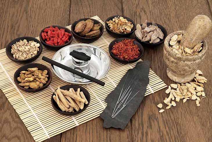 Những bài thuốc Đông y trị mề đay ở bụng và lưng hiệu quả