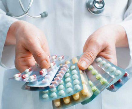 Các loại thuốc tây chữa rối loạn kinh nguyệt tiền mãn kinh hiệu quả nhưng khi sử dụng cần tuân thủ nghiêm ngặt phác đồ của bác sĩ