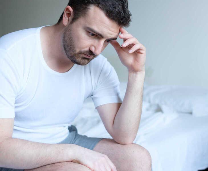 Rối loạn cương dương khiến phái mạnh mất tự tin trong quan hệ chăn gối