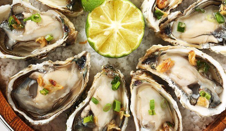 """Hàu biển là thực phẩm đứng đầu danh sách """"rối loạn cương dương nên ăn gì"""""""