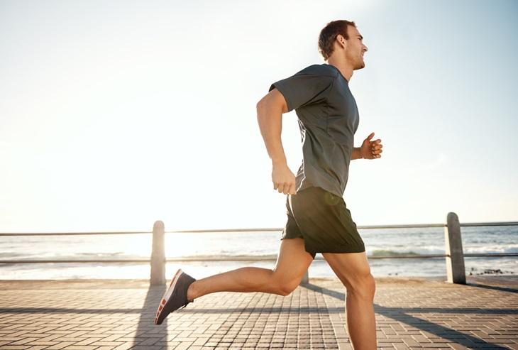 Thường xuyên vận động giúp giới tăng cường sức khỏe và cải thiện bệnh tốt hơn