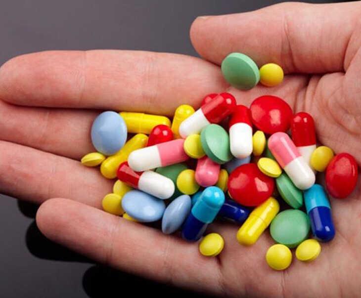 """Thuốc Tây y giúp tăng cường ham muốn trong """"chuyện ấy"""""""