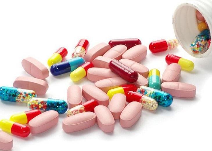 Thuốc Tây được xem là phương pháp trị mụn bọc ở mông hiệu quả
