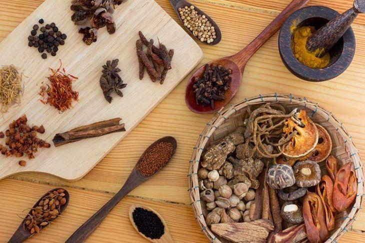 Thuốc Đông y với thành phần thảo dược giúp trị viêm xoang an toàn