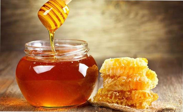 Cách làm mụn bọc nhanh chính với mật ong được nhiều người sử dụng
