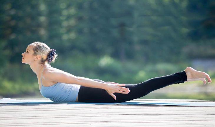 Bài tập yoga tư thế châu chấu