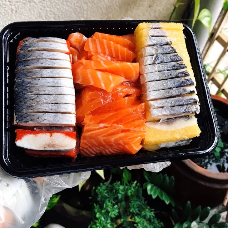 Người bị vảy nến thể mảng nên ăn cá để bổ sung omega 3 giúp chống viêm