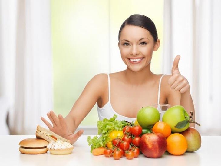 Chế độ ăn hợp lý giúp giảm triệu chứng bệnh viêm da tiết bã