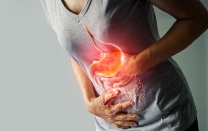 Người bệnh thường xuất hiện cơn đau quặn vùng thường vị
