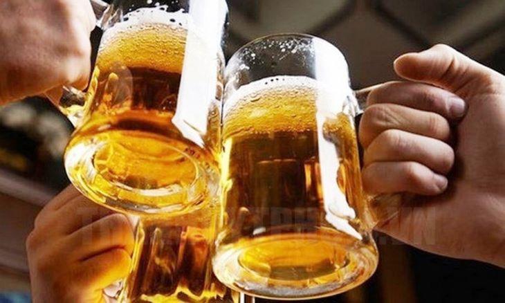 Hạn chế và tránh xa những chất kích thích, đồ uống có cồn