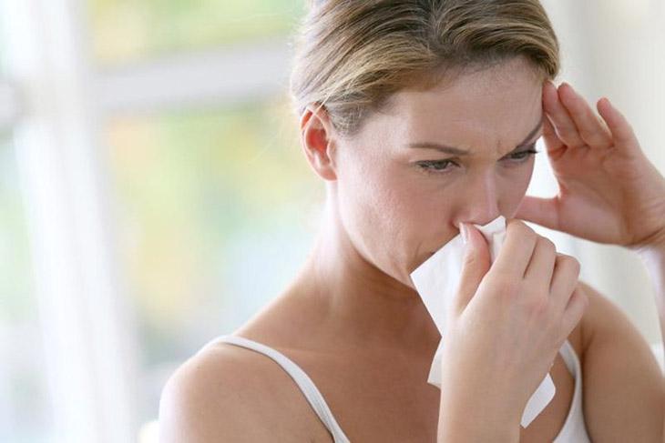Đi thăm khám khi có các dấu hiệu của bệnh để điều trị hiệu quả
