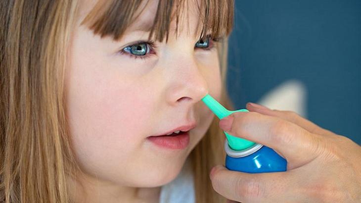 Viêm mũi dị ứng ở trẻ dùng thuốc gì cần tuân theo chỉ định của bác sĩ chuyên khoa