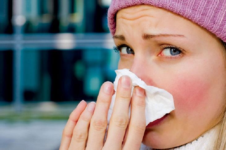 Viêm mũi dị ứng không gây nguy hiểm ngay lập tức nhưng lại khiến người bệnh mệt mỏi, khó chịu