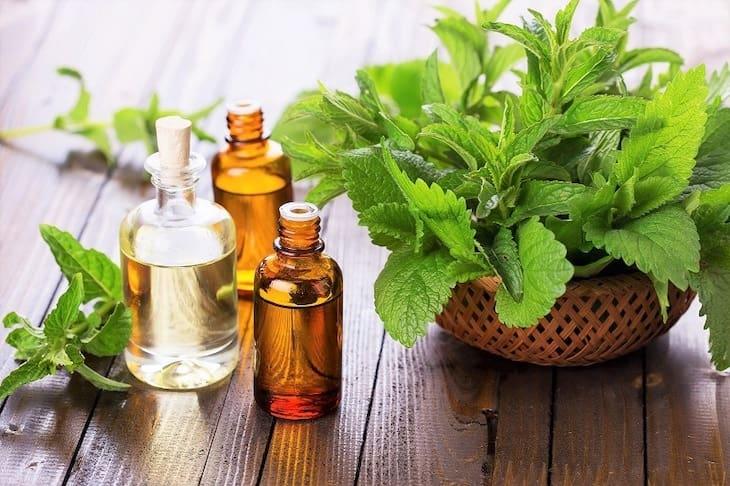 Dùng tinh dầu để cải thiện tình trạng viêm xoang
