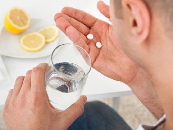 Thuốc Tây y điều trị cho hiệu quả nhanh nhưng tồn tại tác dụng phụ cho cơ thể
