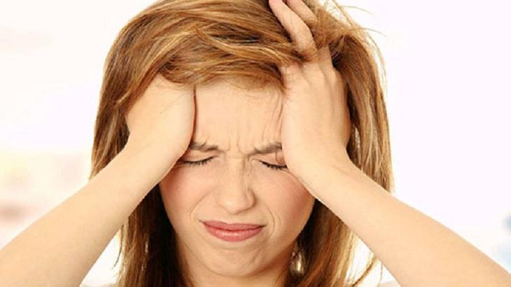 Viêm xoang nhức đầu có thể dẫn tới hậu quả viêm đa xoang