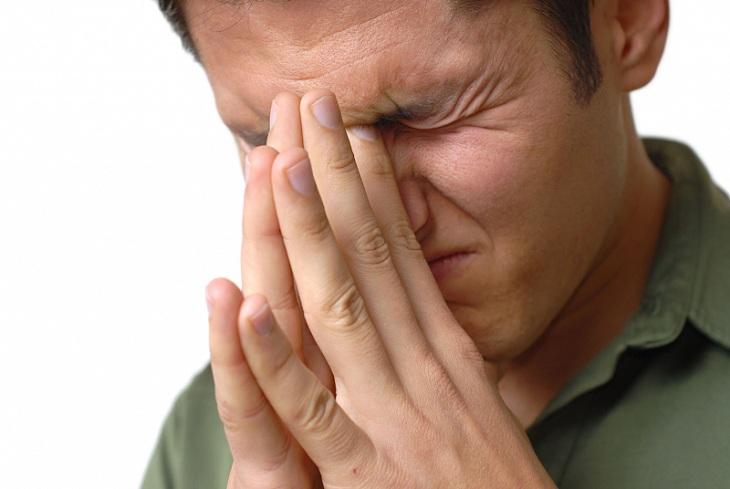 Viêm xoang nhức đầu kéo dài gây ảnh hưởng nghiêm trọng tới sức khỏe người bệnh