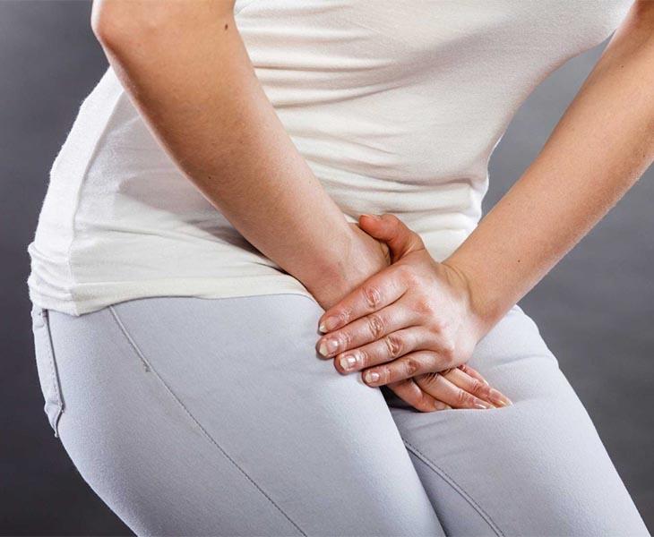 Khi có những biểu hiện bất thường ở bộ phận sinh dục như xuất hiện nốt sùi, đốm trắng người bệnh nên làm xét nghiệm nấm candida