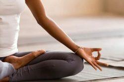 yoga chua viem mui di ung 2