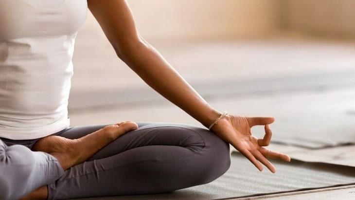 Yoga chữa viêm mũi dị ứng đang là biện pháp được nhiều người áp dụng