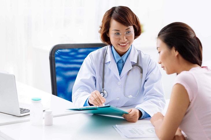 Nếu có những biểu hiện lạ người bệnh cần đi gặp bác sĩ sớm để được kiểm tra kịp thời