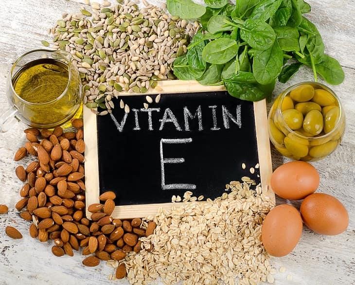 Sản phẩm được chiết xuất từ vitamin E giúp cấp ẩm, mờ vết thâm hiệu quả