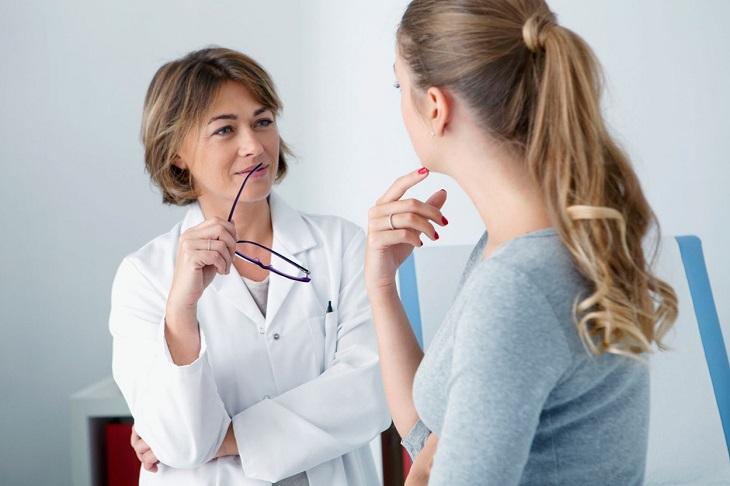 Người bệnh nên đến gặp bác sĩ để thăm khám và hỏi ý kiến trước khi dùng sản phẩm