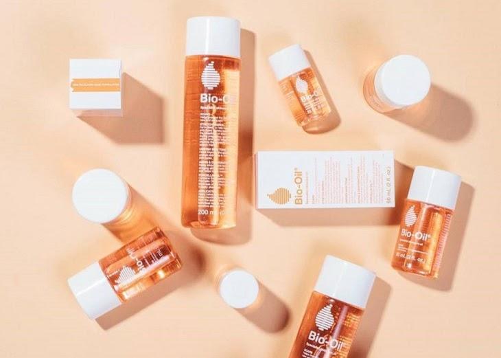 Tinh dầu Bio-Oil Specialist Skincare giúp làm mờ và ngăn ngừa rạn da xuất hiện