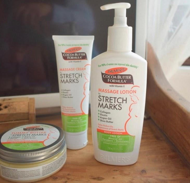 Palmer's Massage Cream For Stretch Marks không chỉ giúp làm giảm vết rạn mà còn dưỡng ẩm, giúp da căng mịn