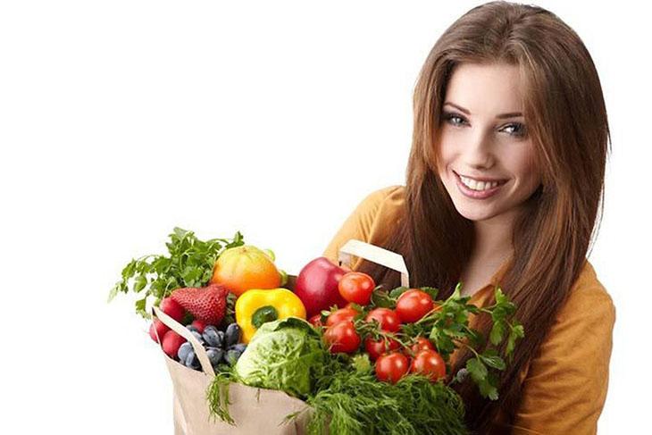 Bị khí hư nên ăn gì? Rau xanh là nhóm thực phẩm tốt và an toàn