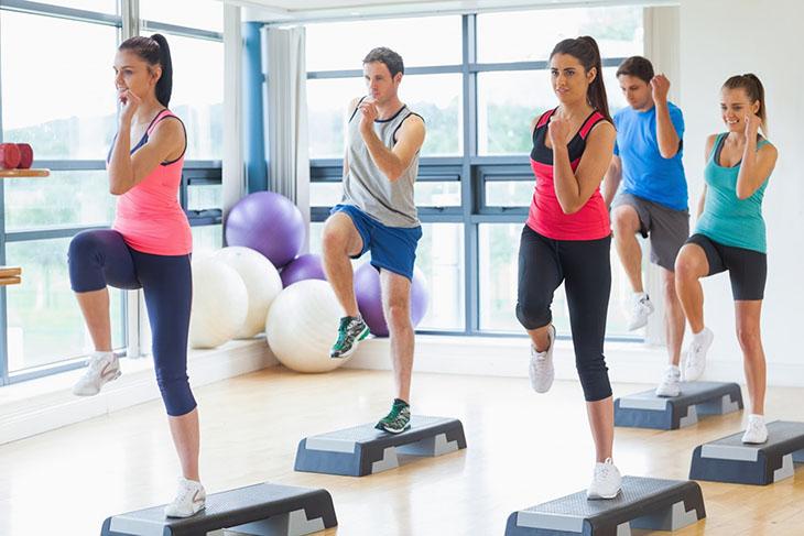 Động tác Aerobic kích thích tuần hoàn máu, chống xuất tinh sớm hiệu quả